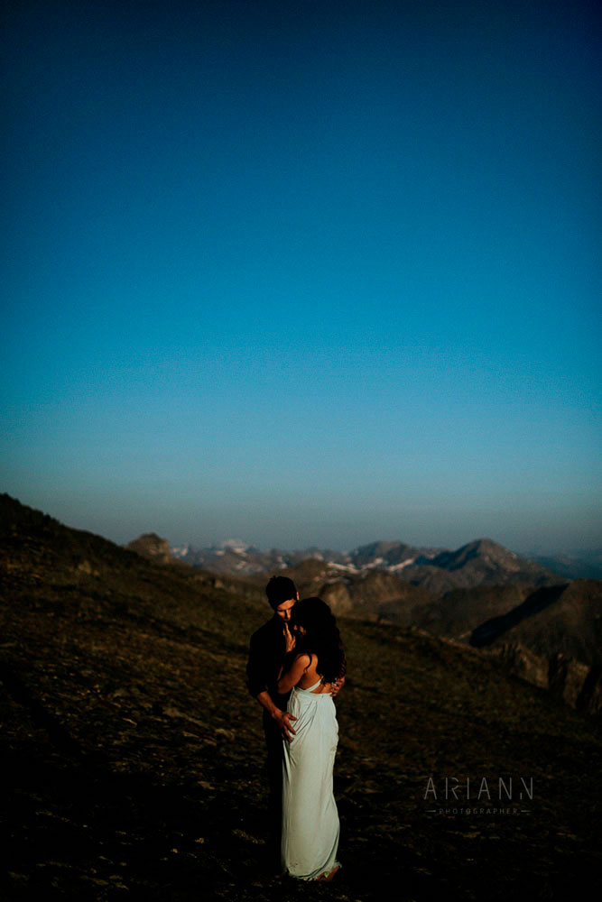 couple session in the mountains