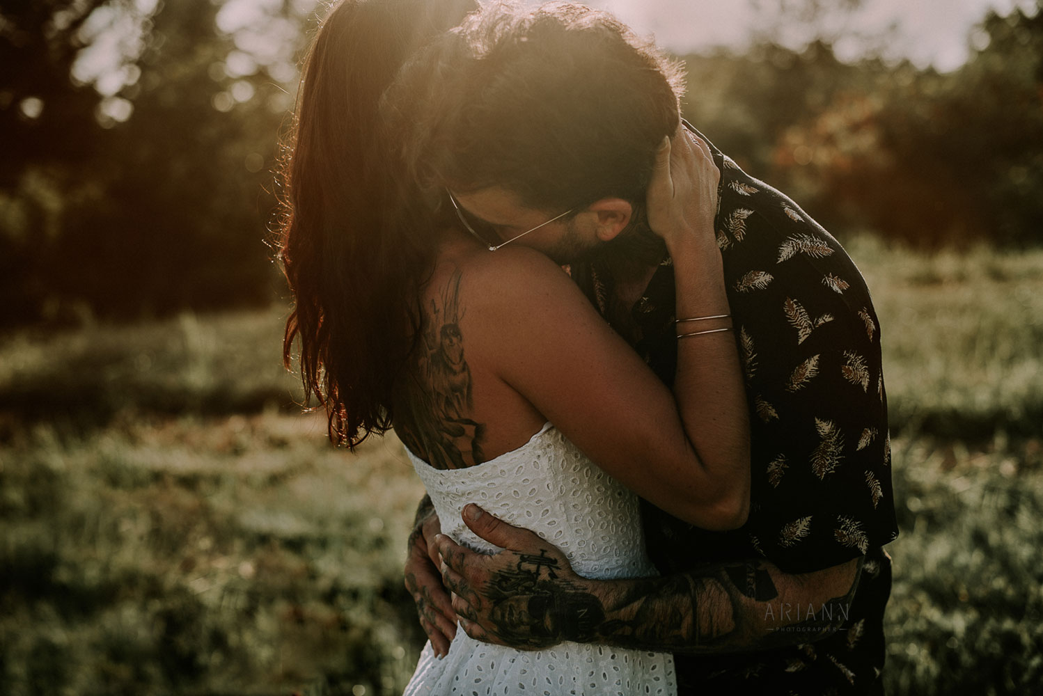 capture emotions in couple photography